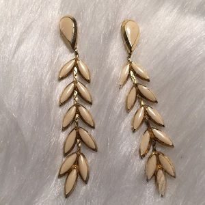 "Vintage 2 1/2"" White & Gold Dangling Pierced"